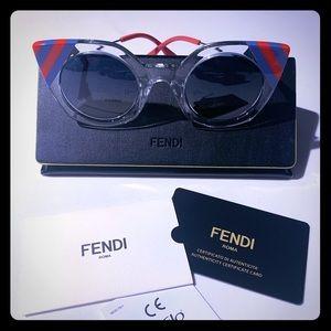 🆕 FENDI 😎
